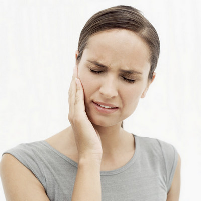 woman with a toothache